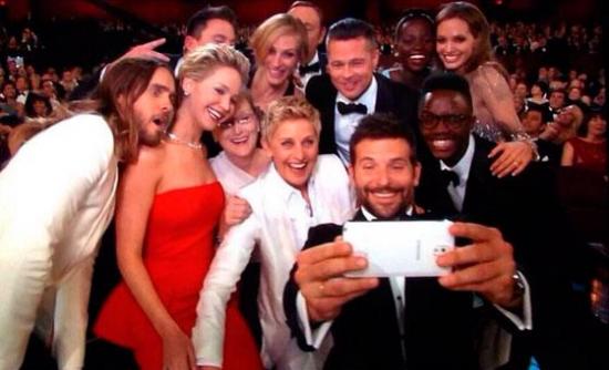 Accion de influencers selfie DeGeneres